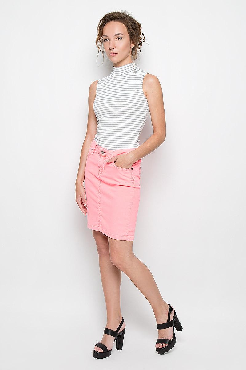 Юбка Malvin, цвет: неоново-розовый. 4872-234. Размер 36 (40)4872-234Стильная женская юбка Malvin создана специально для того, чтобы подчеркивать достоинства вашей фигуры. Модель прямого кроя и средней посадки станет отличным дополнением к вашему современному образу. Застегивается юбка на пуговицу в поясе и ширинку на застежке-молнии, имеются шлевки для ремня. Спереди модель оформлены двумя втачными карманами и одним небольшим секретным кармашком, а сзади - двумя накладными карманами. Эта модная и в тоже время комфортная юбка послужат отличным дополнением к вашему гардеробу. В ней вы всегда будете чувствовать себя уютно и комфортно.