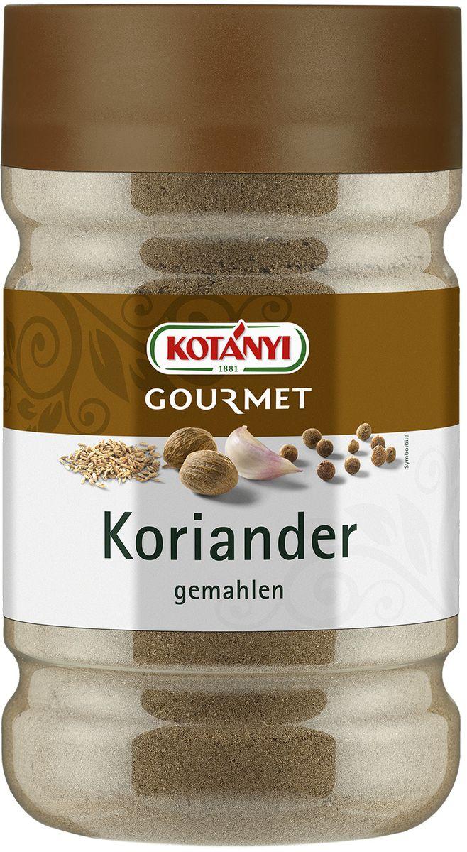 Kotanyi Кориандр молотый, 470 г243701Кориандр имеет несколько пряный, сладковатый или слегка острый и жгучий вкус, добавляет нотку апельсина и корицы. Молотый кориандр обычно используется в приготовлении различных сортов хлеба. Однако его также можно добавлять в имбирные пряники и миндальное печенье. Кроме того, кориандр – важный компонент многих смесей специй, например карри, он обогащает вкус мяса, птицы и дичи.