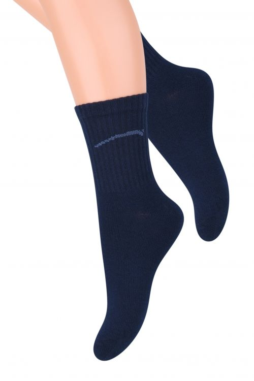 Носки для мальчика Steven, цвет: темно-синий. 014 (CE42). Размер 26/28, 4-5 лет014 (CF42)/014 (CE42)/014 (CG42)Хлопковые носки для мальчика Steven отлично подойдут для повседневной носки.Они изготовлены из высококачественного материала, очень мягкие на ощупь, не раздражают даже самую нежную и чувствительную кожу. Такие носки послужат замечательным дополнением к детскому гардеробу!