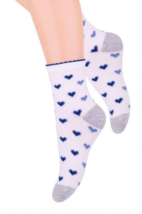 Носки для девочки Steven, цвет: белый, серый меланж, синий. 014 (DN200). Размер 29/31, 5-7 лет014 (DO200)/014 (DN200)/014 (DM200)Хлопковые носки для девочки Stevenотлично подойдут для повседневной носки.Изделие оформлено рисунком в виде сердечек, по всему паголенку и мысу.Они изготовлены из высококачественного материала, очень мягкие на ощупь, не раздражают даже самую нежную и чувствительную кожу. Такие носки послужат замечательным дополнением к детскому гардеробу!