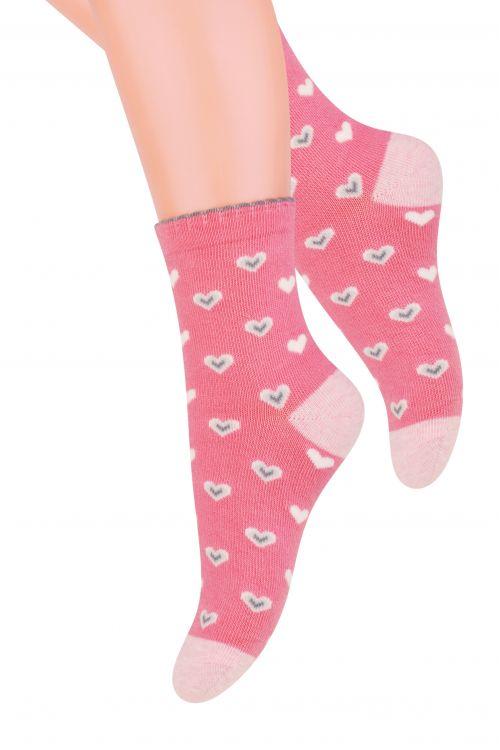 Носки для девочки Steven, цвет: розовый, серый. 014 (DN202). Размер 29/31, 5-7 лет014 (DO202)/014 (DN202)/014 (DM202)Хлопковые носки для девочки Stevenотлично подойдут для повседневной носки.Изделие оформлено рисунком в виде сердечек, по всему паголенку и мысу.Они изготовлены из высококачественного материала, очень мягкие на ощупь, не раздражают даже самую нежную и чувствительную кожу. Такие носки послужат замечательным дополнением к детскому гардеробу!