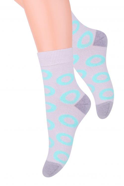 Носки для девочки Steven, цвет: светло-серый, мятный. 014 (DO213). Размер 32/34, 7-9 лет014 (DN213)/014 (DO213)Хлопковые носки для девочки Steven отлично подойдут для повседневной носки.Изделие оформлено оригинальным рисунком по всему паголенку и мысу.Они изготовлены из высококачественного материала, очень мягкие на ощупь, не раздражают даже самую нежную и чувствительную кожу. Такие носки послужат замечательным дополнением к детскому гардеробу!