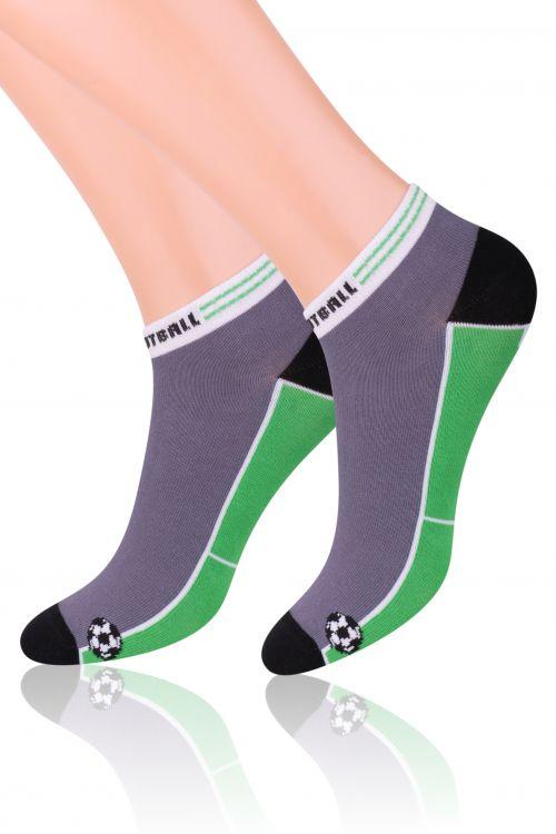 Носки для мальчика Steven, цвет: серый, зеленый. 004 (RD82). Размер 35/37, 10-12 лет004 (RD82)Хлопковые носки для мальчика Steven отлично подойдут для повседневной носки.Они изготовлены из высококачественного материала, очень мягкие на ощупь, не раздражают даже самую нежную и чувствительную кожу. Оформлено изделие рисунком на футбольную тематику. Такие носки послужат замечательным дополнением к детскому гардеробу!