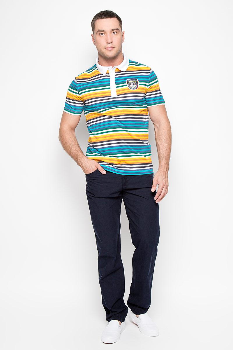 Брюки мужские Finn Flare, цвет: темно-синий. S16-22033_101. Размер M (48)S16-22033_101Стильные мужские брюки Finn Flare - брюки высочайшего качества на каждый день, которые прекрасно сидят. Модель слегка зауженного кроя и средней посадки изготовлена из натурального легкого хлопка. Застегиваются брюки на пуговицу в поясе и ширинку на молнии, имеются шлевки для ремня. Спереди модель дополнена двумя втачными карманами и одним маленьким секретным кармашком, сзади - двумя накладными карманами. Эти модные и в тоже время комфортные брюки послужат отличным дополнением к вашему гардеробу. В них вы всегда будете чувствовать себя уютно и комфортно.