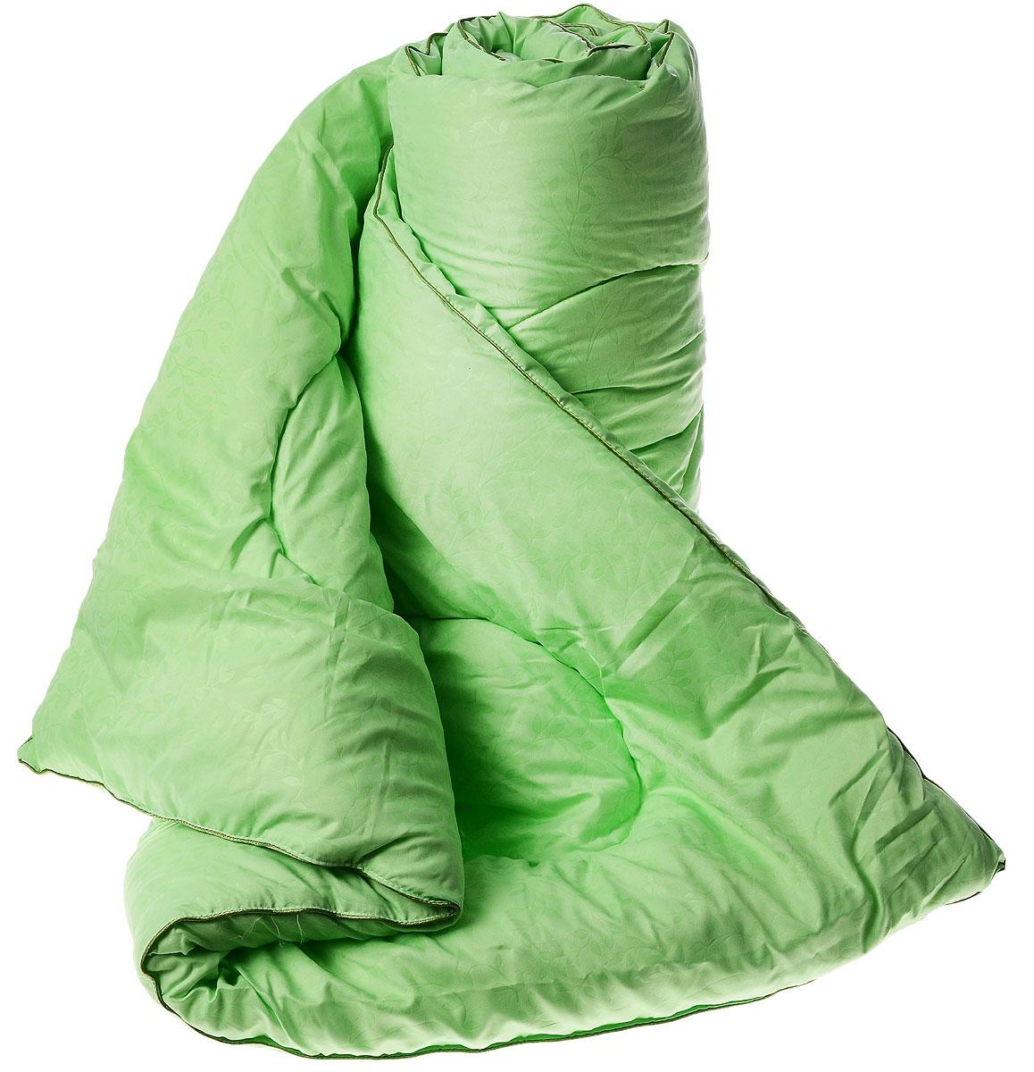 Одеяло теплое Легкие сны Тропикана, наполнитель: бамбуковое волокно, цвет: салатовый, 140 х 205 см140(40)07-БВ_салатовыйТеплое одеяло Легкие сны Тропикана с наполнителем из бамбукового волокна расслабит, снимет усталость и подарит вам спокойный и здоровый сон. Волокно бамбука - это натуральный материал, добываемый из стеблей растения. Он обладает способностью быстро впитывать и испарять влагу, а также антибактериальными свойствами, что препятствует появлению пылевых клещей и болезнетворных бактерий. Изделия с наполнителем из бамбука легко пропускают воздух. Они отличаются превосходными дезодорирующими свойствами, мягкие, легкие, простые в уходе, гипоаллергенные и подходят абсолютно всем. Чехол одеяла выполнен из микрофибры белого цвета с тиснением в виде растительного рисунка. Одеяло простегано и окантовано. Стежка надежно удерживает наполнитель внутри и не позволяет ему скатываться. Можно стирать в стиральной машине.Плотность наполнителя: 300 г/м2.