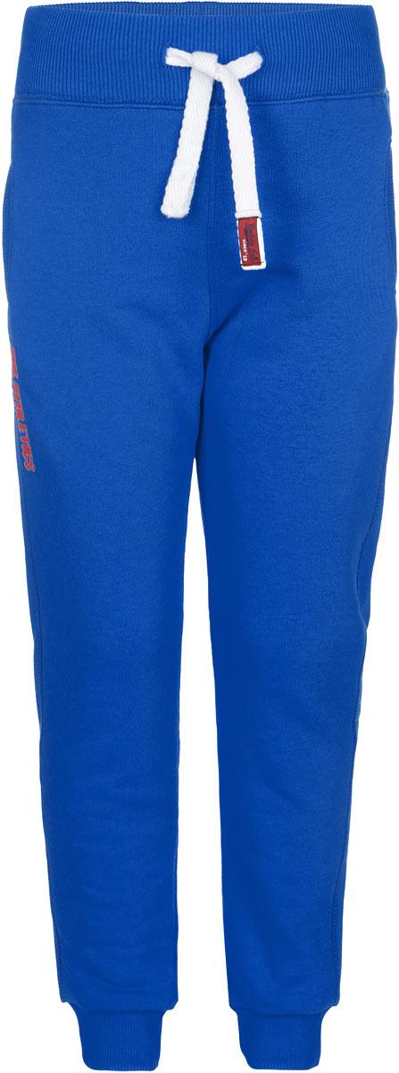 Брюки для мальчика Modniy Juk, цвет: синий. 07В00190700. Размер 24 (98)07В00190700Удобные брюки для мальчика Modniy Juk идеально подойдут вашему ребенку для отдыха, прогулок или занятий спортом. Изготовленные из натурального хлопка, они необычайно мягкие и приятные на ощупь, не сковывают движения, сохраняют теплои позволяют коже дышать, не раздражают даже самую нежную и чувствительную кожу ребенка, обеспечивая наибольший комфорт. Брюки спортивного стиля на талии имеют широкую эластичную резинку, благодаря чему, они не сдавливают живот ребенка и не сползают. Объем талии регулируется при помощи шнурка. Спереди модель дополнена двумя прорезными кармашками и оформлена вышивкой Modniy Juk. Низ брючин дополнен эластичными манжетами.Такие брюки станут модным и стильным предметом детского гардероба.