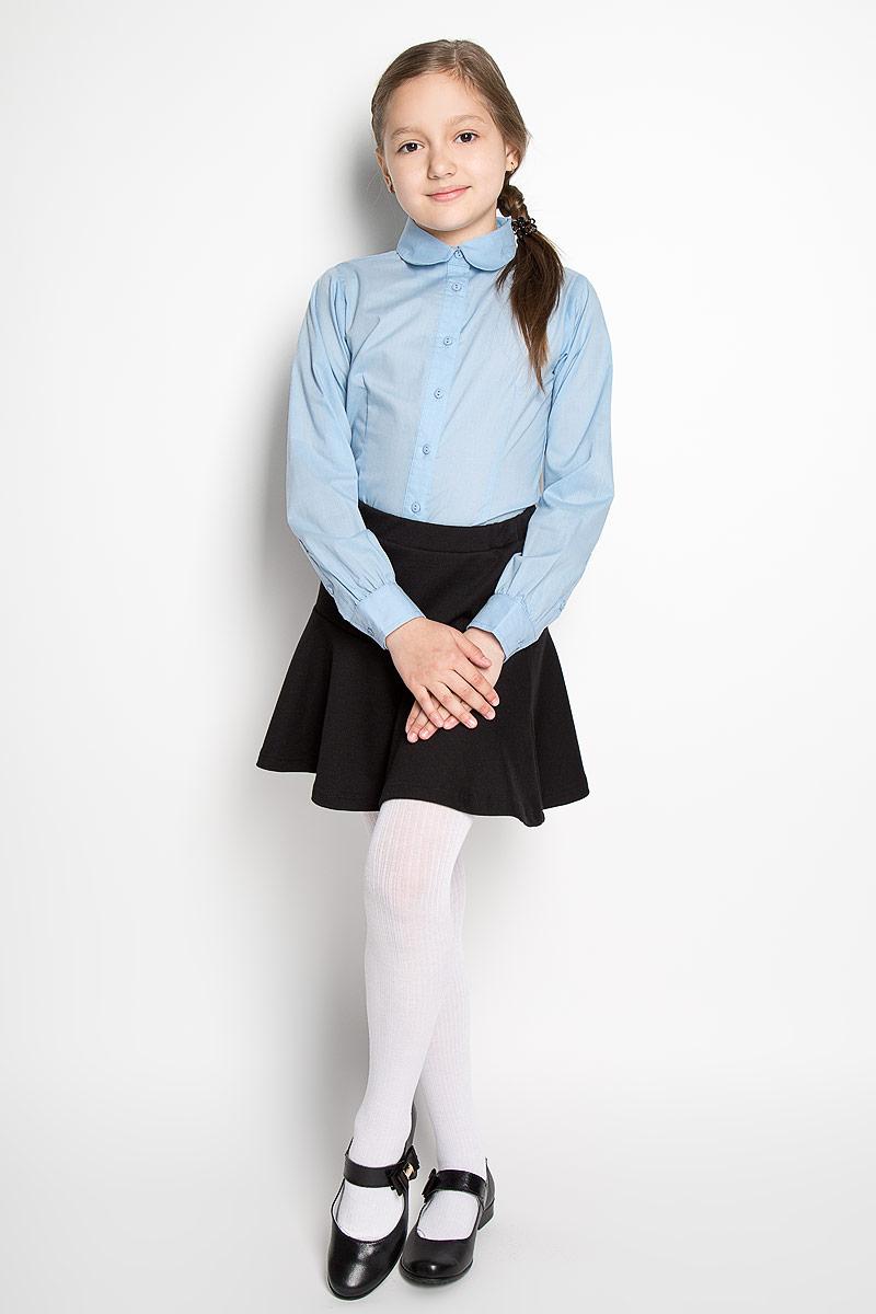 Блузка для девочки Scool, цвет: голубой. 364049. Размер 140, 10 лет364049Классическая блузка для девочки Scool изготовлена из хлопка с добавлением полиэстера. Изделие не сковывает движения и хорошо пропускает воздух, обеспечивая наибольший комфорт. Блузка с отложным воротником и длинными рукавами застегивается на пуговицы по всей длине. На рукавах предусмотрены манжеты с застежками-пуговицами.Блузка отлично дополнит школьный образ ребенка, а лаконичный дизайн и расцветка подчеркнут индивидуальность.