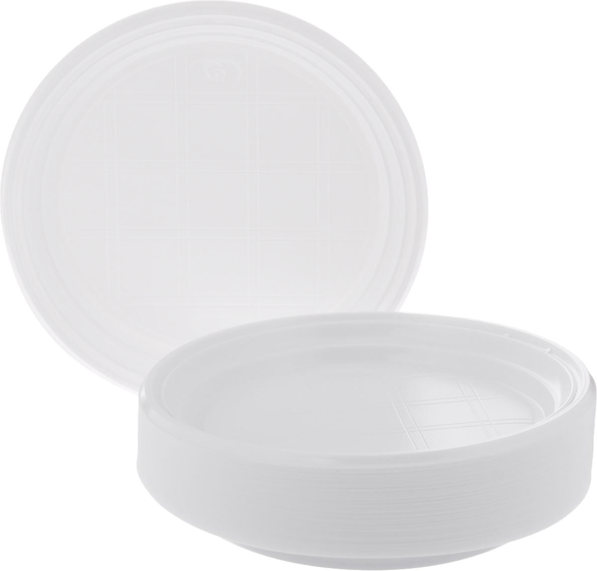 Набор одноразовых тарелок Стиролпласт, диаметр 20,5 см, 100 штукПОС08188Набор Стиролпласт состоит из 100 круглых тарелок, выполненных из полистирола и предназначенных для одноразового использования. Подходят для пищевых продуктов.Одноразовые тарелки будут незаменимы при поездках на природу, пикниках и других мероприятиях. Они не займут много места, легки и самое главное - после использования их не надо мыть.Диаметр тарелки: 20,5 см.Высота тарелки: 2 см.