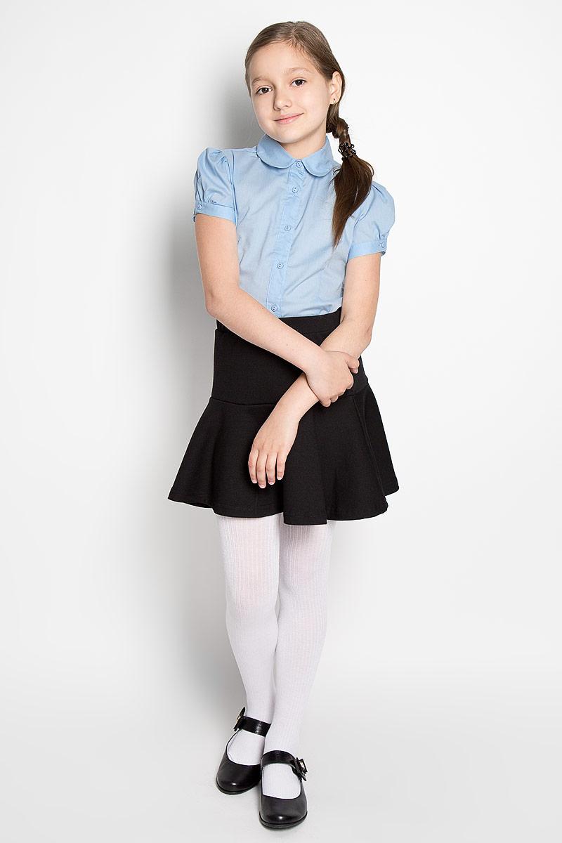 Блузка для девочки Scool, цвет: голубой. 364048. Размер 122, 7 лет364048Классическая блузка для девочки Scool изготовлена из хлопка с добавлением полиэстера. Изделие не сковывает движения и хорошо пропускает воздух, обеспечивая наибольший комфорт. Блузка с отложным воротником и короткими рукавами-фонариками застегивается на пуговицы по всей длине. На рукавах предусмотрены застежки-пуговицы.Блузка отлично дополнит школьный образ ребенка, а лаконичный дизайн и расцветка подчеркнут индивидуальность.