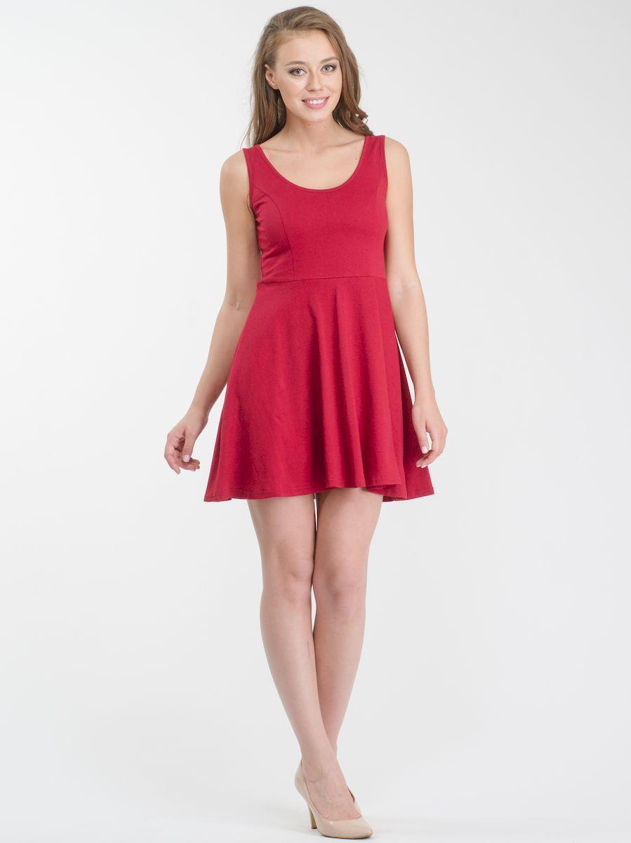 Платье Rocawear, цвет: бордовый. R021636. Размер S (44)R021636Стильное платье мини-длины выполнено из натурального хлопка. Модель А-силуэта с круглым вырезом горловины и без рукавов.