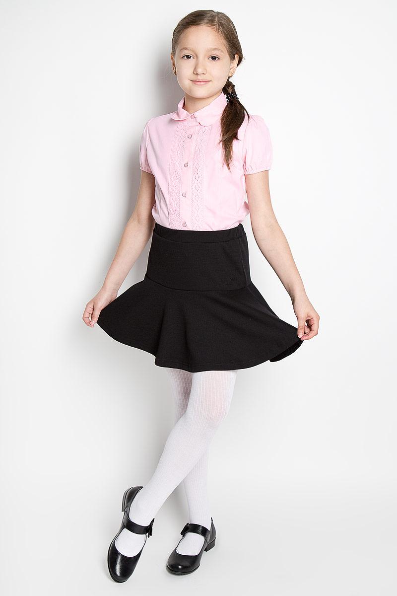 Блузка для девочки Scool, цвет: розовый. 364046. Размер 158, 13 лет364046Блузка для девочки Scool, выполненная из эластичного хлопка с добавлением полиэстера, станет отличным дополнением к школьному гардеробу. Изделие не сковывает движения и хорошо пропускает воздух, обеспечивая наибольший комфорт. Блузка с отложным воротником и короткими рукавами-фонариками застегивается на пуговицы по всей длине. Края рукавов присборены на мягкие эластичные резинки. Модель украшена кружевными вставками. Блузка отлично сочетается с юбками и брюками. В ней вашей принцессе всегда будет уютно и комфортно!