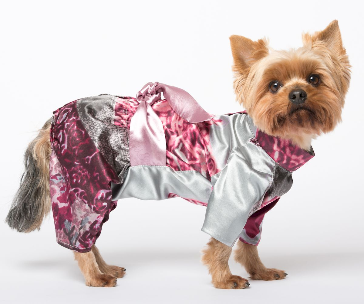 "Халат для собак Yoriki ""Шелк"", для девочки. Размер L"