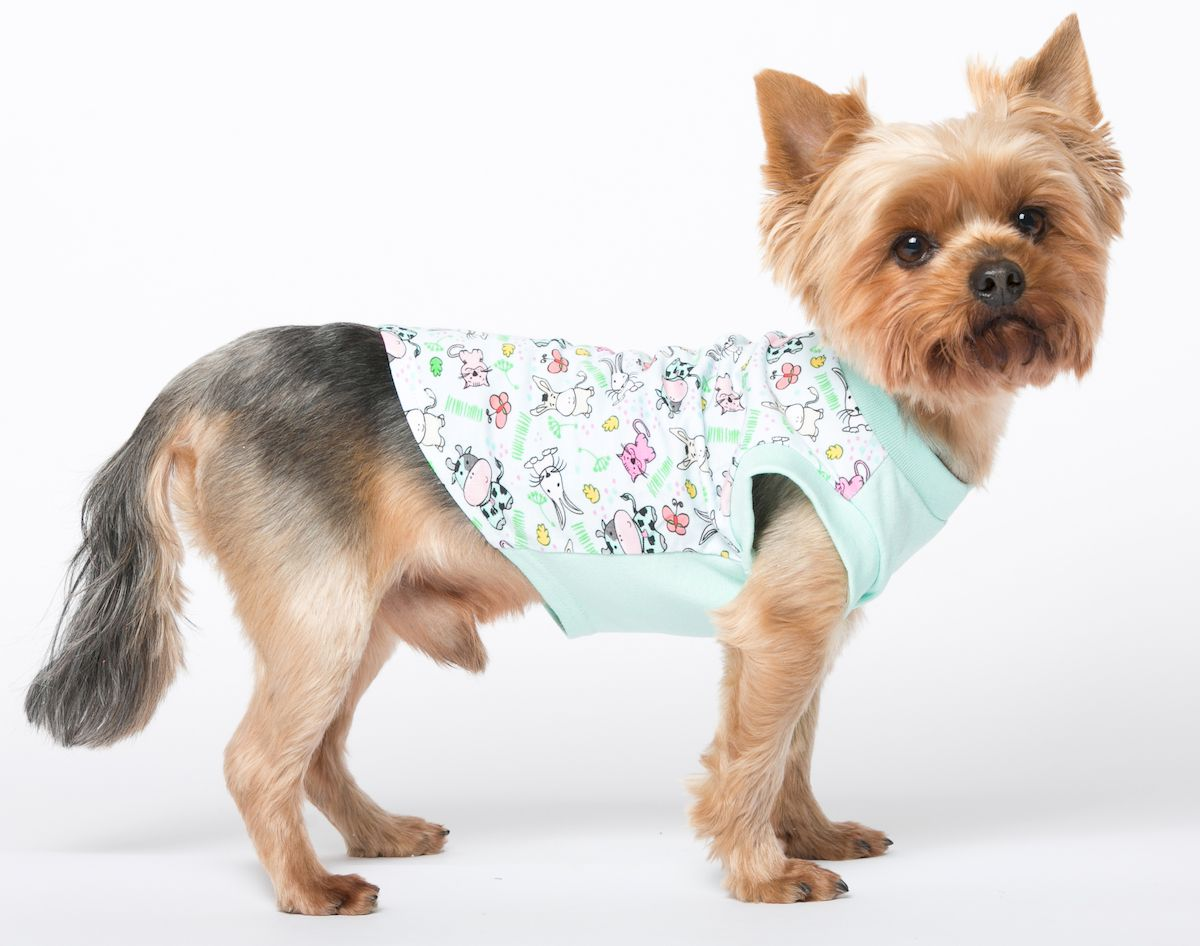 Футболка для собак Yoriki Простоквашино, унисекс. Размер L394-03Хлопковая футболка для собак Yoriki Простоквашино отлично защитит вашего питомца в летний день от пыли и насекомых. Благодаря такой футболке вашему питомцу будет комфортно наслаждаться прогулкой.Обхват шеи: 27-31 см.Длина по спинке: 29 см.Объем груди: 41-47 см.Одежда для собак: нужна ли она и как её выбрать. Статья OZON Гид