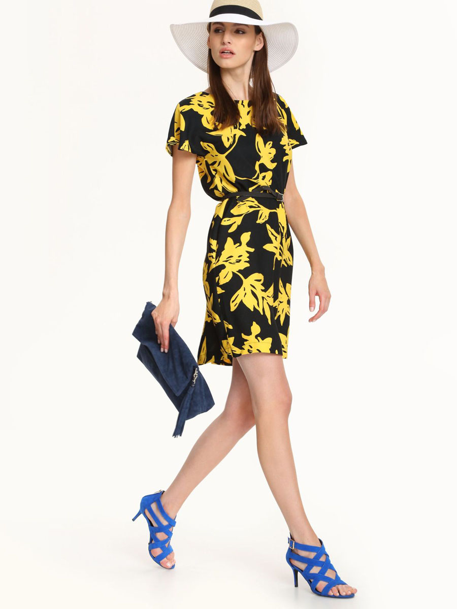 Платье Top Secret, цвет: черный, желтый. SSU1559GR. Размер 34 (40)SSU1559GRПлатье Top Secret выполнено из 100% полиэстера. Платье-миди с круглым вырезом горловины и короткими рукавами-крылышками застегивается на потайную застежку-молнию расположенную в среднем шве спинки. Спинка дополнена небольшой шлицей. Платье оформлено оригинальным принтом и дополнено тонким ремнем.