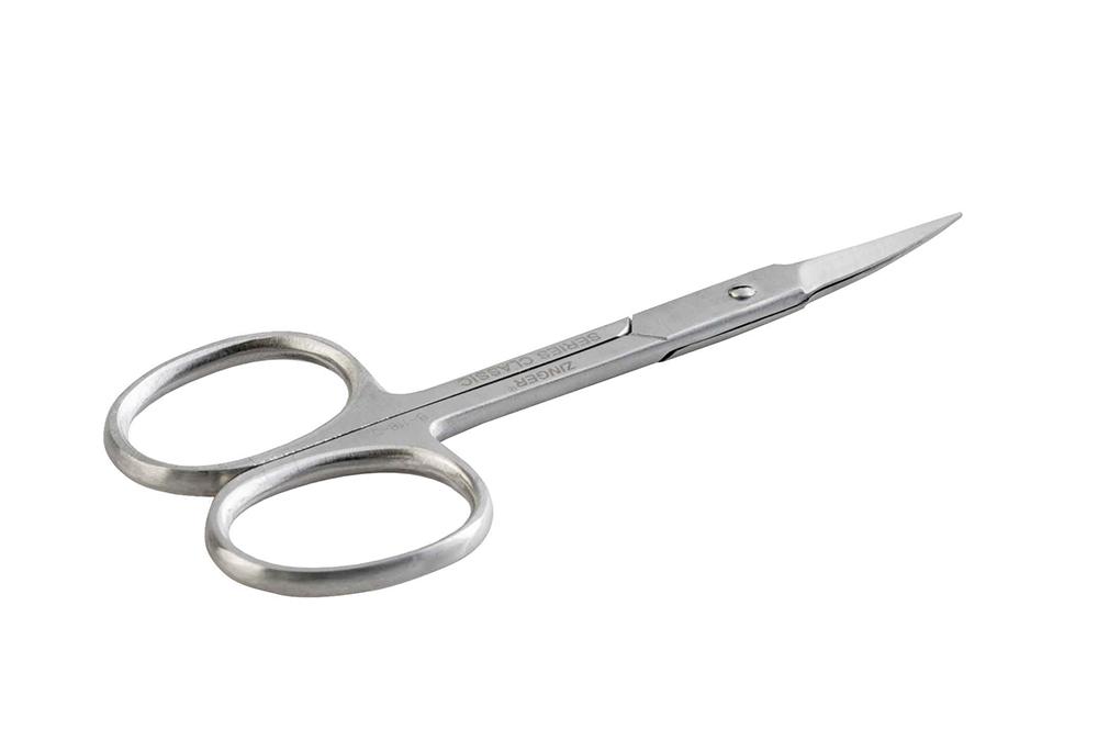 Zinger Ножницы маникюрные zo-B-118-D\FD-SH-Salon45427Ножницы для маникюра для салонного ухода в домашних условиях. Ножницы профессионально заточены и имеют острый кончик. Лезвия плотно сходятся, работают мягко и свободно, позволяют легко и качественно обработать ногти.Аккуратная эргономичная форма ножниц, высокое качество стали и анатомический дизайн ручек доставляют удовольствие в работе. Цвет - матовое серебро.