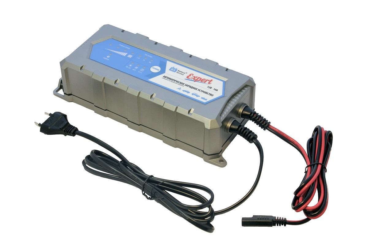 Зарядное устройство Battery Service Expert. PL-C010PPL-C010PМногоступенчатое зарядное устройство Battery Service Expert оснащено режимами тестирования, восстановления глубокоразряженных аккумуляторных батарей, десульфатации и хранения. Интеллектуальное управление микропроцессором. Заряжает все типы 12В свинцово-кислотных аккумуляторных батарей, в том числе AGM, GEL, кальциевые Ca/Ca. Устройство защищено от короткого замыкания, переполюсовки, перегрева. Пыле и влагозащищенный корпус с классом защиты IP65. Battery Service Expert рекомендуется для АКБ от 5 Ач до 240 Ач. В комплект устройства входят аксессуары - кольцевой разъем постоянного подключения и зажимы типа крокодил. Совместимо с аксессуарами сторонних производителей с разъемом SAE.Сеть: 100-240В, 50/60 Гц.Мощность: 175 Вт.Напряжение окончания заряда: 14,4В (свинцово-кислотные/гелевые батареи), 14,7В (AGM батареи), 16В (кальциевые батареи).Ток заряда: 2,5 А, 6 А, 10 А.Минимальное остаточное напряжение батареи: 2В.Типы аккумуляторных батарей: любые 12В свинцово-кислотные батареи (SLA, AGM, GEL) или 12В кальциевые батареи (Ca/Ca).Рекомендуемая емкость батарей: 5-240 Ач.Емкость батарей для длительного хранения: 5-300 Ач.Тестирование при подключении: 4 результата.Класс защиты: IP65.Вес: 0,82 кг.Температура окружающей среды: от -20°С до +40°С.
