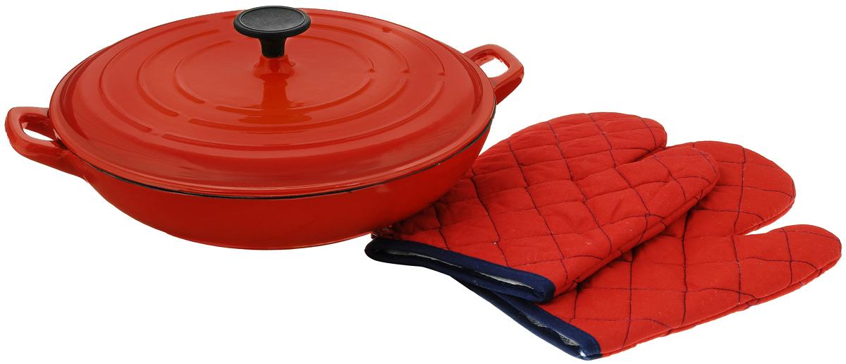 Сковорода-вок Vitesse Ferro с крышкой, с эмалированным покрытием, с 2 прихватками, цвет: красный. Диаметр 31 смVS-2326_красныйСковорода-вок Vitesse Ferro изготовлена из чугуна. Внешнее цветное термостойкое покрытие обеспечивает легкую чистку. Внутреннее эмалированное покрытие абсолютно безопасно для здоровья человека и окружающей среды. Чугун является наилучшим материалом, который долго удерживает и равномерно распределяет тепло. Благодаря особым качествам эмали, чем дольше вы используете посуду, тем лучше становятся ее эксплуатационные характеристики. Чугун обладает высокой прочностью, износоустойчивостью и антикоррозийными свойствами. Готовить можно с минимальным количеством подсолнечного масла. Сковорода оснащена боковыми ручками удобной формы и крышкой. В комплект входят 2 простеганные рукавицы.Подходит для всех типов плит, включая индукционные. Можно мыть в посудомоечной машине. Диаметр: 31 см.Высота стенки: 6,5 см. Ширина с учетом ручек: 39 см. Размер рукавиц: 26,5 х 19 см.