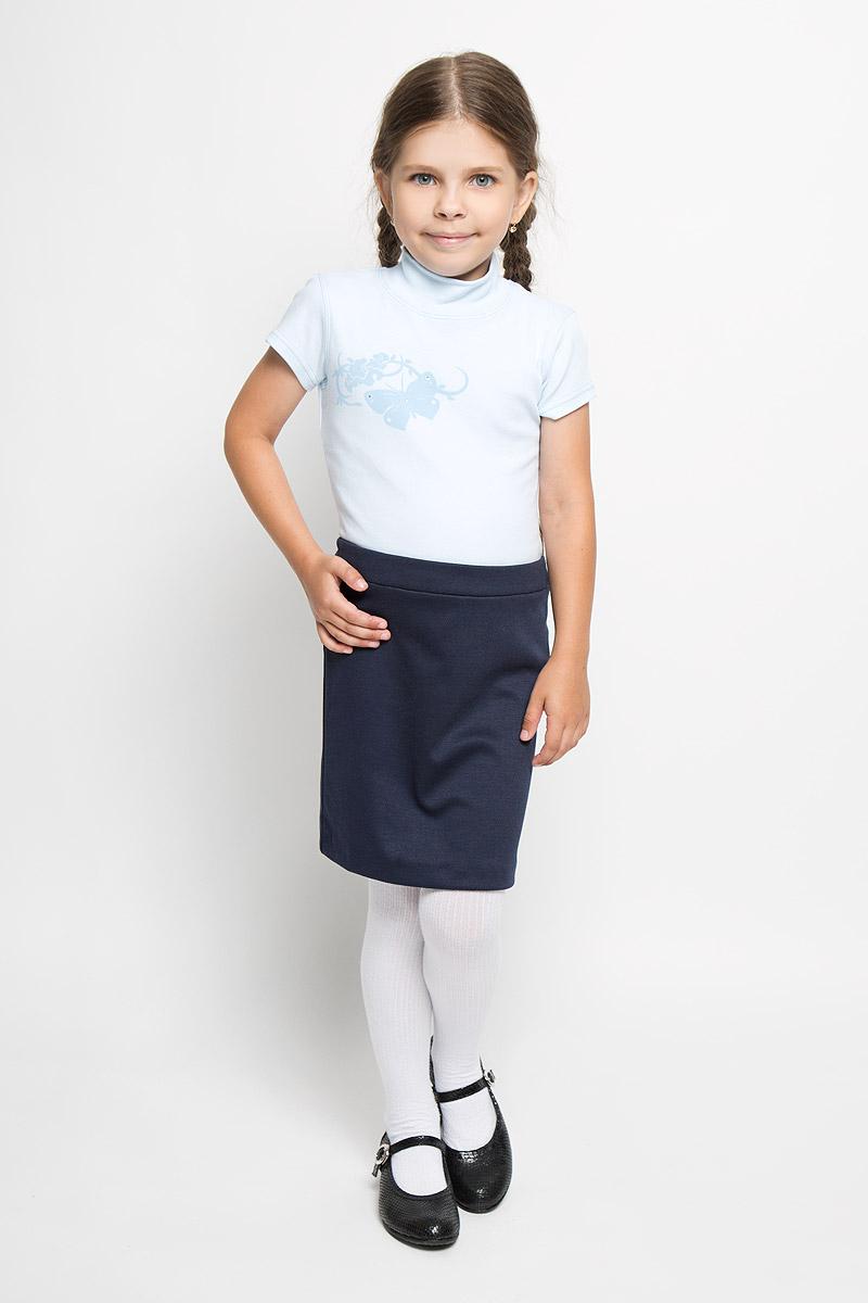 Водолазка для девочки M&D, цвет: голубой. AW5560A-10. Размер 116AW5560B-10/AW5560A-10Водолазка для девочки M&D идеально подойдет вашей дочурке. Изготовленная из натурального хлопка, она необычайно мягкая и приятная на ощупь, не раздражает нежную кожу ребенка и хорошо вентилируется, а эластичные плоские швы приятны телу ребенка и не препятствуют его движениям. Водолазка с короткими рукавами и воротником-стойкой оформлена изображением оригинальной бабочки, декорированной стразами.Современный дизайн и расцветка делают эту водолазку модным и стильным предметом детского гардероба. В ней вашей маленькой моднице будет комфортно и уютно.