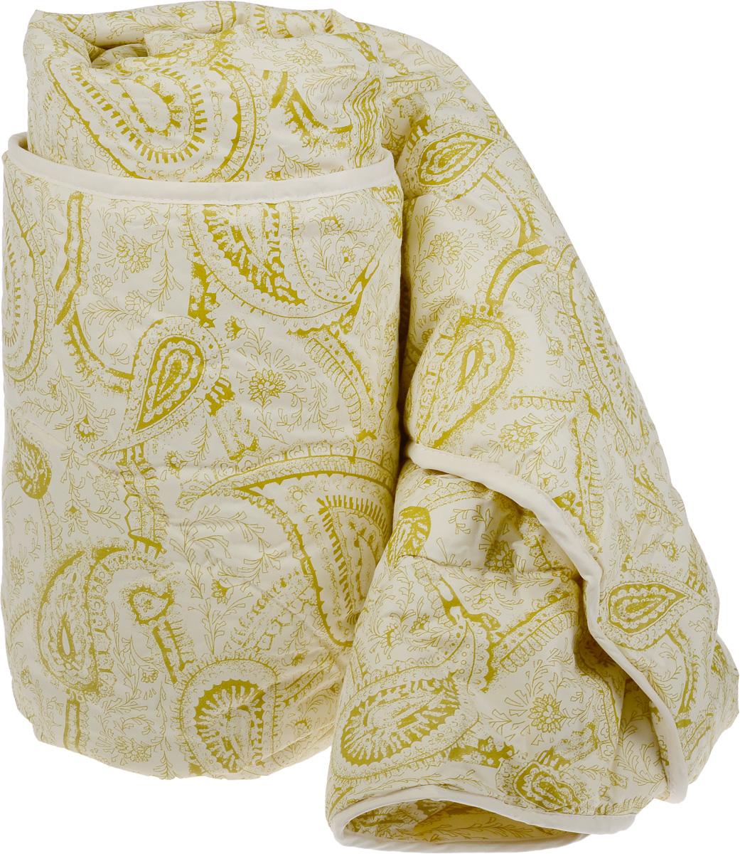 Одеяло Classic by Togas Пух в тике, наполнитель: лебяжий пух, 140 х 200 см. 20.04.12.007520.04.12.0075Одеяло Classic by Togas Пух в тике подарит комфортный и спокойный сон. Чехол одеяла выполнен из тика (100% хлопок), а наполнитель - синтетическое микроволокно лебяжий пух. Одеяло имеет классический крой, скругленные углы, кант и стежку, которая равномерно распределяет наполнитель внутри. Благодаря непревзойденным пуходержащим свойствам тика вы ощутите идеальный комфорт. Эта пухосдерживающая ткань прочнейшего саржевого или полотняного переплетения имеет специальную пропитку, которая не дает даже мельчайшим волокнам наполнителя проникать сквозь ткань. Тик превосходно пропускает воздух, впитывает влагу, оставаясь при этом сухим на ощупь. Тиковая ткань мягкая, нежная и не раздражает кожу, но при этом очень практичная и прочная. Микроволокно, которым наполнено одеяло, очень схоже с натуральным лебяжьим пухом - оно такое же мягкое, нежное и упругое. При этом микроволокно очень прочно и долговечно, гипоаллергенно и мгновенно восстанавливает форму после сжатия, благородя обработке силиконом, который уменьшает трение между волокнами наполнителя. Мягкий, воздушный и упругий искусственный пух в сочетании с гладкостью натурального тика создает идеальные условия для комфортного отдыха.Допускается деликатная машинная стирка при температуре не выше 30°С. После стирки слегка отожмите, сушите в сухом и теплом помещении на горизонтальной поверхности, периодически взбивая.