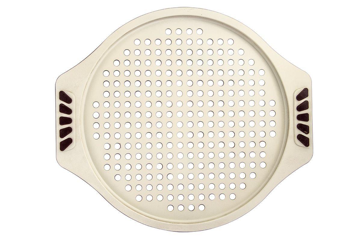 Форма для запекания Pomi d'Oro Milano, круглая, с керамическим покрытием, диаметр 33 см77.858@20089 / Q3323 MilanoФорма для запекания Pomi dOro Milano изготовлена из углеродистой стали с керамическим покрытием Kerano. Такое покрытие позволяет готовить практически без использования масла, отличается хорошей стойкостью к внешним воздействиям и не деформируется при нагревании. Основание формы оснащено отверстиями. Форма снабжена удобными силиконовыми не нагревающимися вставками. Пища в такой форме не пригорает и не прилипает к стенкам. Форма станет полезным приобретением для вашей кухни и сделает приготовление любимых блюд намного проще. Диаметр формы: 33 см. Толщина стенок: 2-3 мм.