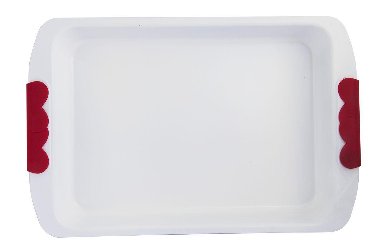 Форма для запекания Pomi d'Oro Roma, прямоугольная, с керамическим покрытием, 36 см77.858@21199 / Q3607 RomaФорма для запекания Pomi dOro Roma изготовлена из углеродистой стали с керамическим покрытием Kerano. Такое покрытие позволяет готовить практически без использования масла, отличается хорошей стойкостью к внешним воздействиям и не деформируется при нагревании. Утолщенное дно обеспечивает равномерное распределение и длительное сохранение тепла. Форма снабжена удобными силиконовыми вставками. Пища в такой форме не пригорает и не прилипает к стенкам. Форма станет полезным приобретением для вашей кухни и сделает приготовление любимых блюд намного проще.Подходит для всех видов духовок. Длина формы: 36 см.