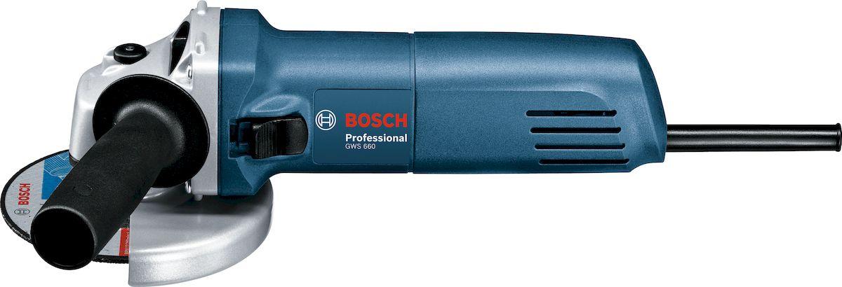 Угловая шлифмашина Bosch GWS 660. 060137508N060137508NУгловая шлифмашина Bosch GWS 660 - компактный инструмент с высокооборотным двигателем и выходной мощностью 660 Вт. Прямое охлаждение двигателя и дополнительные вентиляционные отверстия надежно защищают его от перегрева, увеличивая срок службы инструмента. Данная модель позволит легко и удобно производить работы по шлифовке и резке таких материалов как металл, кирпич, бетон и многих других. Она оснащена функцией блокировки шпинделя, двухпозиционной боковой рукояткой и защитным кожухом.