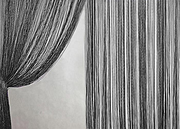 Штора нитяная Magnolia Кисея, на ленте, цвет: черный, высота 300 см. XLF DS 0959801Штора нитяная Magnolia Кисея выполнена из полиэстера. Изделие прекрасно подойдет для дизайнерских решений в вашем доме. Подходит как для зонирования пространства, так и декорации окна, как самостоятельное решение или дополнение к шторам.