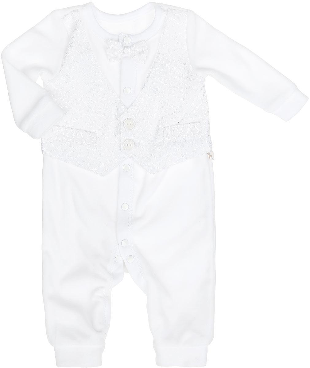Комбинезон для мальчика БЕМБІ, цвет: белый. KB93-1. Размер 56, 1 месяцKB93-1Комбинезон для мальчика БЕМБІ идеально подойдет вашему малышу. Изготовленный из велюра, он необычайно мягкий и приятный на ощупь, не раздражает нежную кожу ребенка и хорошо вентилируется, а эластичные швы приятны телу малыша и не препятствуют его движениям. Комбинезон с длинными рукавами, круглым вырезом горловины и открытыми ножками имеет застежки-кнопки от горловины до ступни, которые помогают с легкостью переодеть ребенка или сменить подгузник. Спереди модель дополнена галстуком-бабочкой и вставкой, имитирующей жилетку на пуговицах, которая оформлена оригинальным узором и имитацией карманов. Рукава и низ брючин дополнены узкими манжетами. В таком комбинезоне ваш ребенок будет чувствовать себя комфортно, уютно и всегда будет в центре внимания!