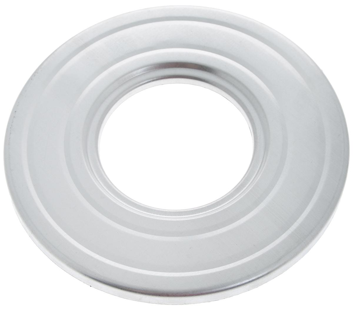 """Приспособление """"3М"""", изготовленное из алюминия, предназначено для быстрой и  эффективной стерилизации банок. Спелые помидоры,  сочные огурцы и перцы или сладкий джем и ароматное варенье - лучшие  источники витаминов в холодное время года! Диаметр отверстия для банки: 8,5 см."""