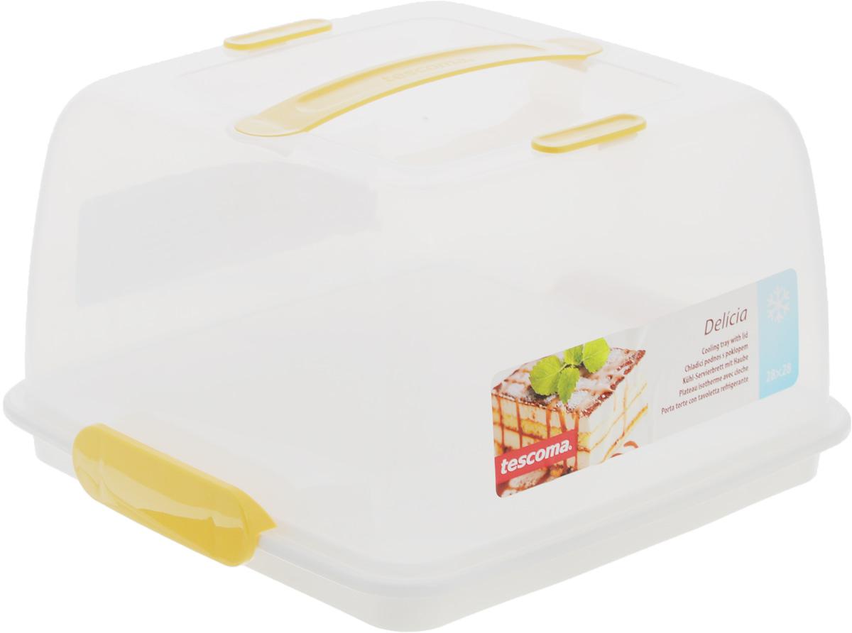 """Поднос Tescoma """"Delicia"""" изготовлен из  высококачественного прочного пластика. Он оснащен  прозрачной крышкой и охлаждающим вкладышем.  Отлично подходит для переноса и  подачи тортов, десертов, канапе, бутербродов, фруктов.  Благодаря специальному вкладышу блюда дольше  остаются охлажденными и свежими.  Крышка фиксируется на подносе за счет двух зажимов,  а удобная ручка позволяет переносить поднос с места  на место.  Можно мыть в посудомоечной машине, кроме  охлаждающего вкладыша.   Размер подноса: 28 х 28 см.   Высота подноса: 3 см.    Высота крышки (без учета ручки): 14,5 см.  Размер охлаждающего вкладыша: 13,5 х 13,5 х 1,5 см."""