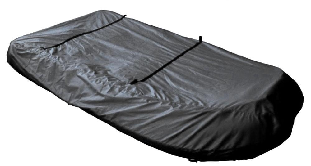 Чехол AG-brand, для транспортировки лодок ПВХ 370AG-UNI-MA-PVC370-TC_серыйЧехол AG-brand предназначен для транспортировки лодок. Он изготовлен из высокопрочной плотной тентовой ткани с высоким показателем водоупорности. Изделие дополнено прочной текстильной стропой для крепления лодки в прицепе или специальном боксе для перевозки.Чехол для транспортировки и хранения входит в комплект.