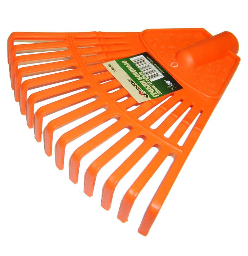 Грабли веерные Skrab, цвет: оранжевый, 14 зубов28050Веерные грабли Skrab изготовлены из прочного пластика идеально подходят для уборки листьев, срезанной травы и прочего садового мусора. Благодаря большому количеству зубцов, расположенных по принципу веера, уборка территории будет сделана в короткие сроки. Черенок в комплект не входит.