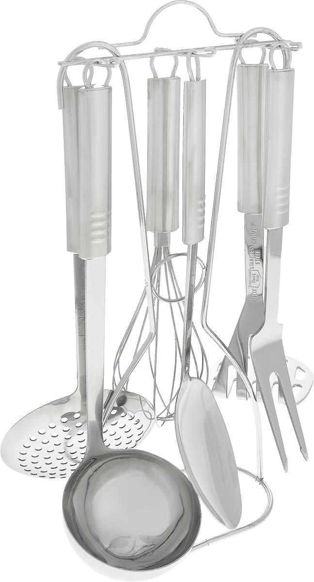 Набор кухонных принадлежностей Calve, 7 предметов. CL-1329CL-1329Набор Calve состоит из половника, вилки,сервировочной ложки, пресса для картофеля, шумовки,венчика и подставки. Изделия выполнены извысококачественной нержавеющей стали. В наборесодержатся все необходимые принадлежности дляприготовления пищи. Для компактного храненияпредусмотрена подставка. Изделия можно мыть в посудомоечной машине. Длина половника: 33 см. Диаметр рабочей части половника: 9 см. Длина шумовки: 34 см. Диаметр рабочей части шумовки: 11 см. Длина пресса для картофеля: 28 см. Размер рабочей части пресса для картофеля: 8 х 8 см.Длина венчика: 29 см. Длина ложки: 34,5 см. Размер рабочей части ложки: 10 х 7 см. Длина вилки: 31,5 см. Размер рабочей части вилки: 9,5 х 3 см. Размер подставки: 15 х 8 х 39 см.