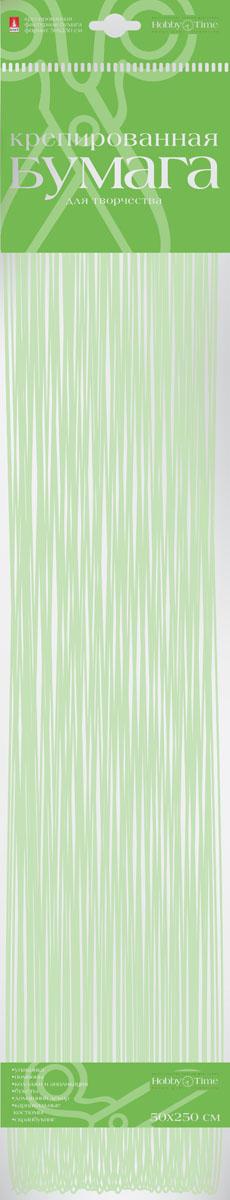 Альт Бумага креповая Перламутровая цвет салатовый2-062/02Креповая бумага Альт Перламутровая - подходящий материал для декора, объемных украшений и игрушек. Гофрированная жатая поверхность обеспечивает особую пластичность. Бумага не деформируется, сохраняет заданную форму, отлично сочетается с текстильными лентами, декоративными элементами. Размер листа: 50 см х 250 см.