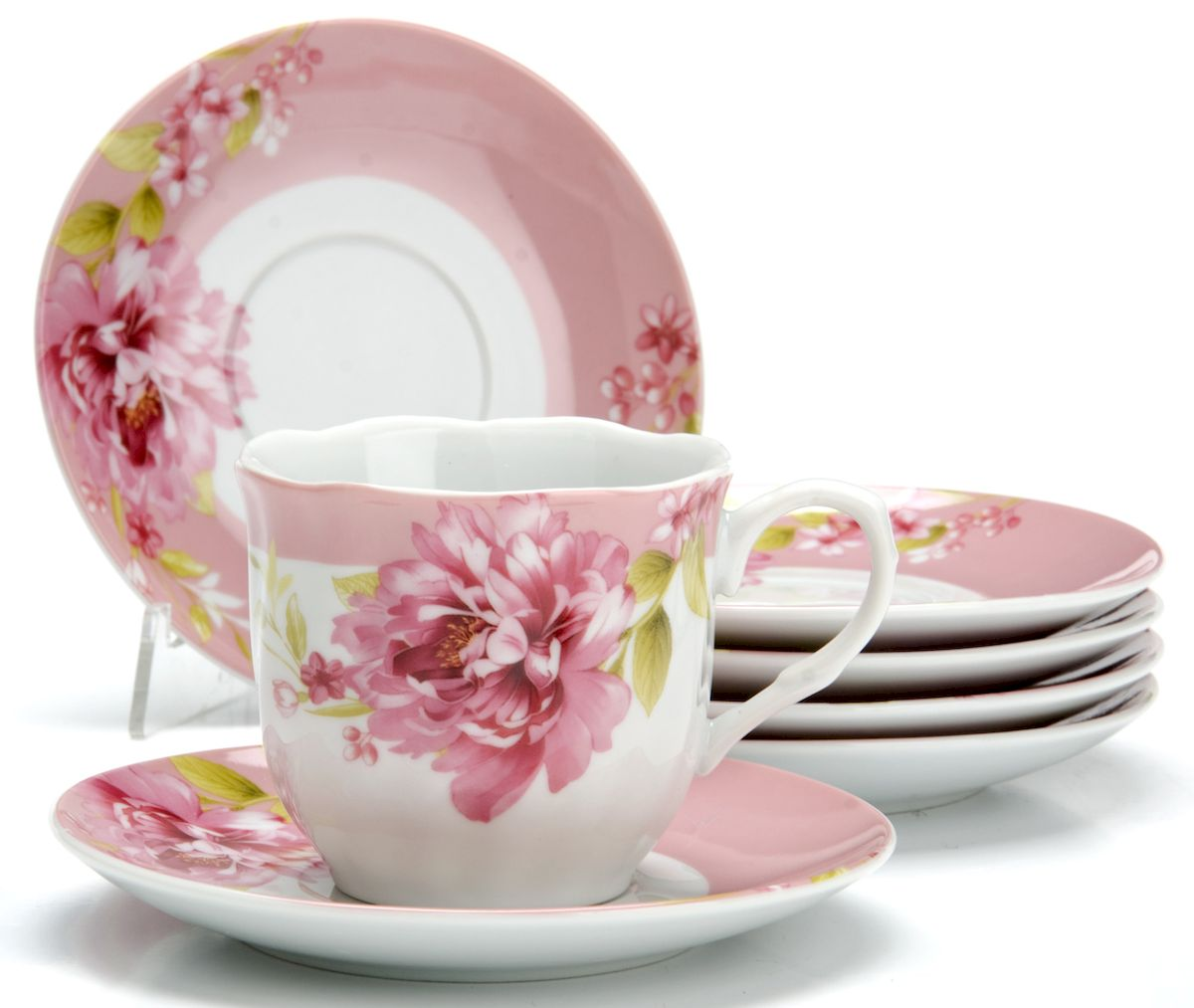 Чайный сервиз на 6 персон изготовлен из качественного фарфора и оформлен красивым рисунком. Элегантный и удобный чайный сервиз не только украсит сервировку стола, но и поднимет настроение и превратит процесс чаепития в одно удовольствие. Сервиз состоит из 12 предметов: шести чашек и шести блюдец, упакованных в подарочную коробку. Чашки имеют удобную, изящную ручку. Изделия легко и просто мыть.  Диаметр чашки: 8 см. Высота чашки: 7,5 см. Объем чашки: 220 мл. Диаметр блюдца: 14 см.