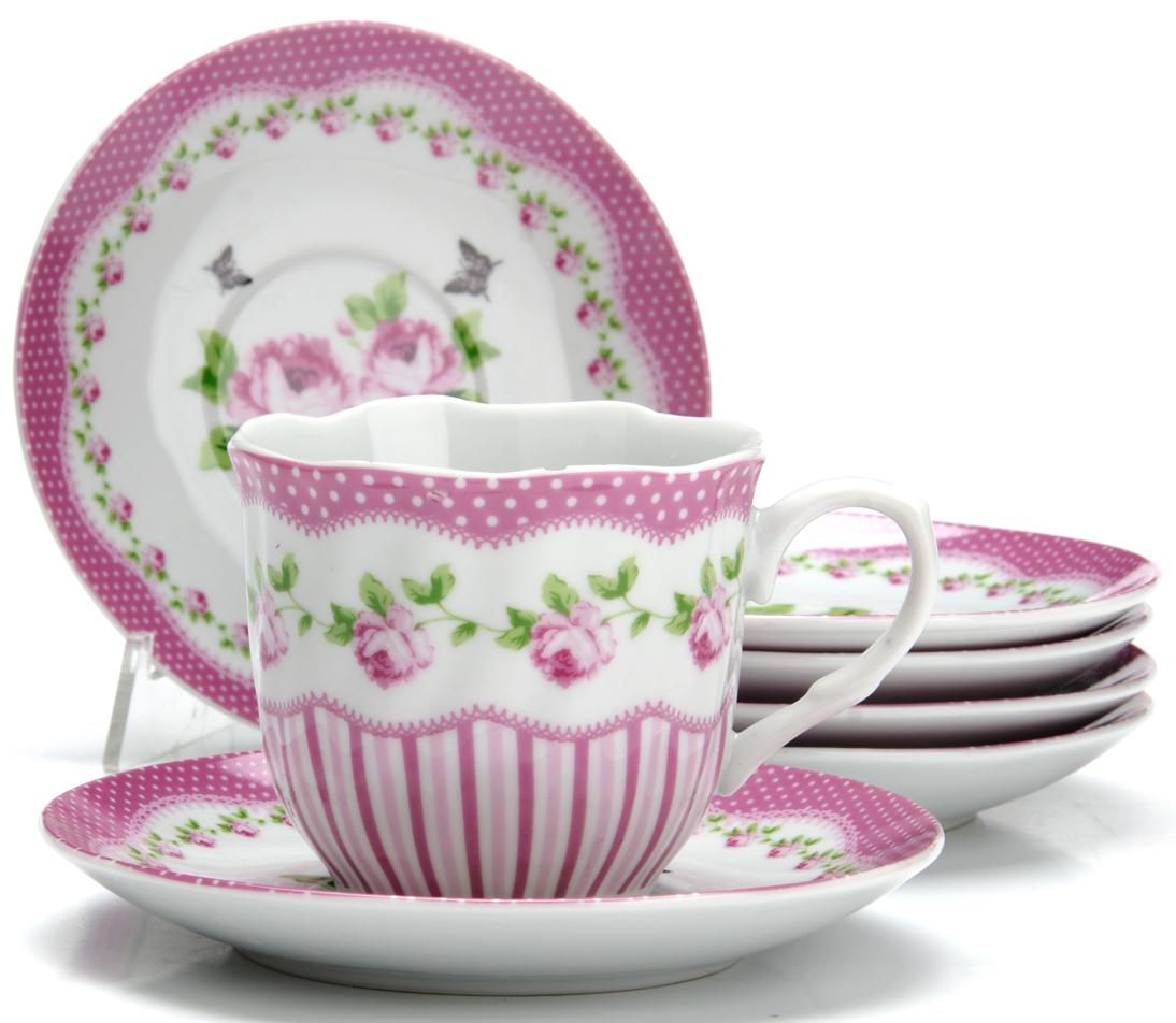Чайный сервиз Loraine Цветы, 220 мл, 12 предметов. 2591625916Чайный сервиз на 6 персон изготовлен из качественного фарфора и оформлен красивым рисунком. Элегантный и удобный чайный сервиз не только украсит сервировку стола, но и поднимет настроение и превратит процесс чаепития в одно удовольствие. Сервиз состоит из 12 предметов: шести чашек и шести блюдец, упакованных в подарочную коробку. Чашки имеют удобную, изящную ручку. Изделия легко и просто мыть.Диаметр чашки: 8 см. Высота чашки: 7,5 см. Объем чашки: 220 мл. Диаметр блюдца: 14 см.