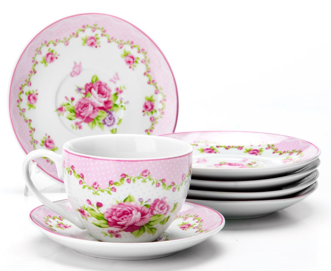 Чайный сервиз на 6 персон изготовлен из качественного фарфора и оформлен красивым рисунком. Элегантный и удобный чайный сервиз не только украсит сервировку стола, но и поднимет настроение и превратит процесс чаепития в одно удовольствие.Сервиз состоит из 12 предметов: шести чашек и шести блюдец, упакованных в подарочную коробку. Чашки имеют удобную, изящную ручку.Изделия легко и просто мыть.Диаметр чашки: 9 см.Высота чашки: 7 см.Объем чашки: 220 мл.Диаметр блюдца: 14 см.