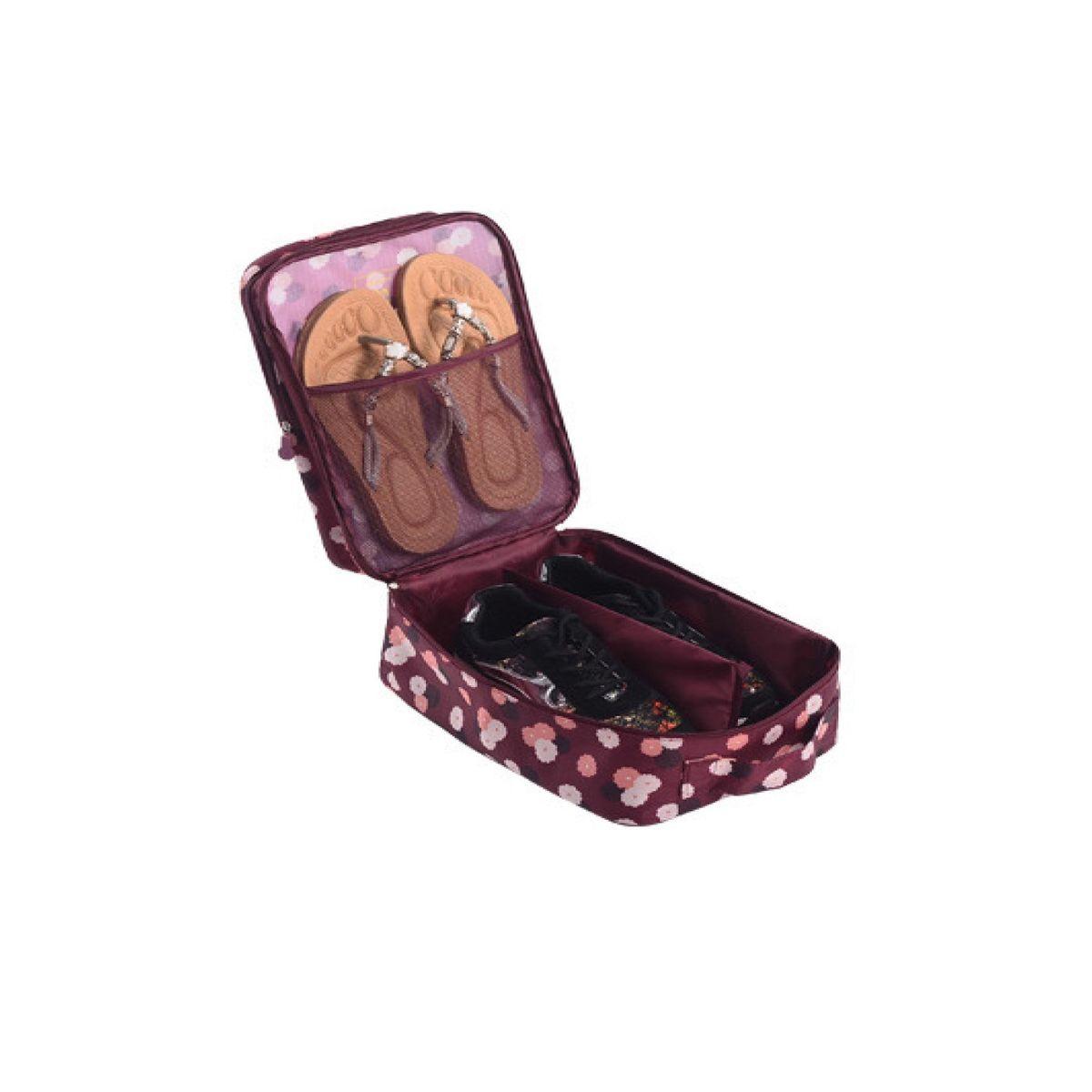 Органайзер для обуви Homsu Цветок, цвет: бордовый, белый, розовый, 32 x 20 x 13 смHOM-411Органайзер для обуви Homsu Цветок изготовлен из 100% полиэстера. Экономичная замена пластиковым пакетам и громоздким коробкам. Органайзер закрывается на молнию. Имеется ручка для удобной переноски. Внутри органайзер разделен на 2 отделения для обуви с дополнительным сетчатым кармашком.Очень компактный и очень удобный, такой органайзер поможет вам хранить обувь в чистоте и порядке.Размер: 32 х 20 х 13 см.