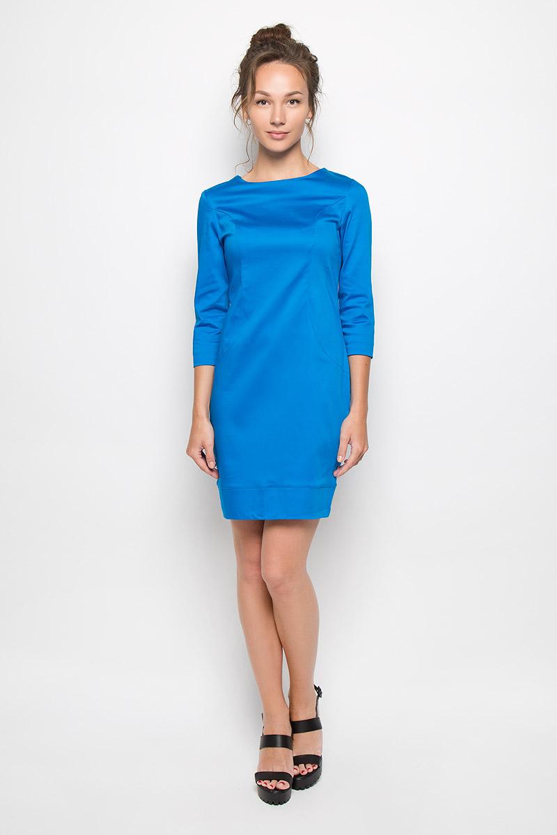 Платье Milana Style, цвет: ярко-синий. 10416. Размер XL (50)10416Яркое платье-миди Milana Style поможет создать оригинальный женственный образ. Выполненное из хлопка с добавлением полиамида, оно очень приятное на ощупь, не сковывает движений и хорошо вентилируется.Модель с круглым вырезом горловины и рукавами 3/4 сзади застегивается на потайную застежку-молнию.Такое платье станет модным и стильным дополнением к вашему гардеробу!