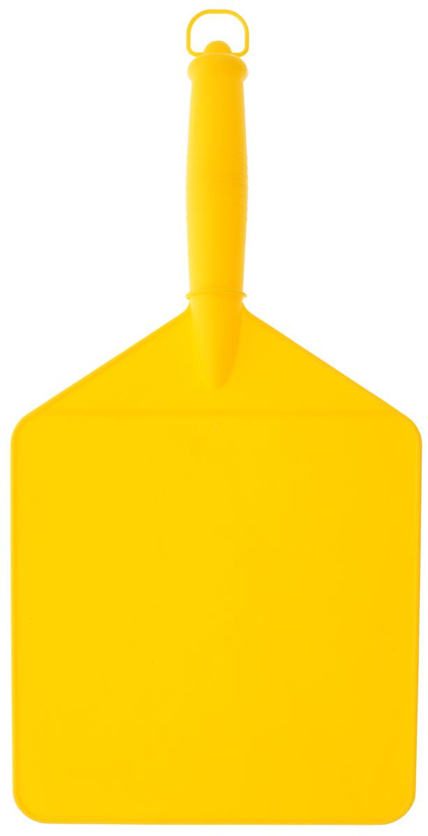 """Веер """"Мультидом"""", выполненный из пластика, предназначен для раздувания огня во время приготовления блюд на открытом воздухе. Изделие можно использовать в качестве доски для нарезки овощей и фруктов.Размер рабочей части: 19 х 19,5 см."""