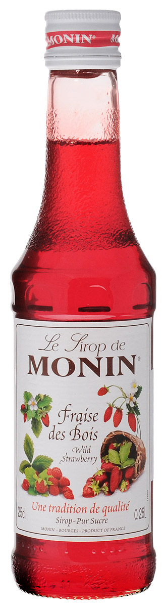 Monin Земляника сироп, 0,25 лSMONN0-000103Сироп Monin Земляника не оставит равнодушным ни одного сладкоежку. Нежный ягодный вкус и аромат делает эту добавку незаменимым ингредиентом многих блюд и напитков. В качестве основы для него применяются натуральная земляника, обработанная особым образом, а также тростниковый сахар и чистейшая вода из родниковых источников.Сиропы Monin выпускает одноименная французская марка, которая известна как лидирующий производитель алкогольных и безалкогольных сиропов в мире. В 1912 году во французском городке Бурже девятнадцатилетний предприниматель Джордж Монин основал собственную компанию, которая специализировалась на производстве вин, ликеров и сиропов. Место для завода было выбрано не случайно: город Бурже находился в непосредственной близости от крупных сельскохозяйственных районов - главных поставщиков свежих ягод и фруктов. Производство сиропов стало ключевым направлением деятельности компании Monin только в 1945 году, когда пост главы предприятия занял потомок основателя - Пол Монин. Именно под его руководством ассортимент марки пополнился разнообразными сиропами из натуральных ингредиентов, которые молниеносно заслужили блестящую репутацию в кругу поклонников кофейных напитков и коктейлей. По сей день высокое качество остается базовым принципом деятельности французской марки. Сиропы Монин создаются исключительно из натуральных ингредиентов по уникальным технологиям, позволяющим сохранять в готовом продукте все полезные свойства природного сырья.Эксперты всего мира сходятся во мнении, что сиропы Monin - это законодатели мод в миксологии. Ассортимент французской марки на сегодняшний день является самым широким и насчитывает полторы сотни уникальных вкусовых решений. В каталоге компании можно найти как классические вкусы для кофейных напитков (шоколадный, ванильный, ореховый и другие сиропы), так и весьма экзотические варианты (сиропы со вкусом кокоса, зеленой мяты, тирамису, блю курасао, аниса, грейпфрута, пина колады и т. д.).