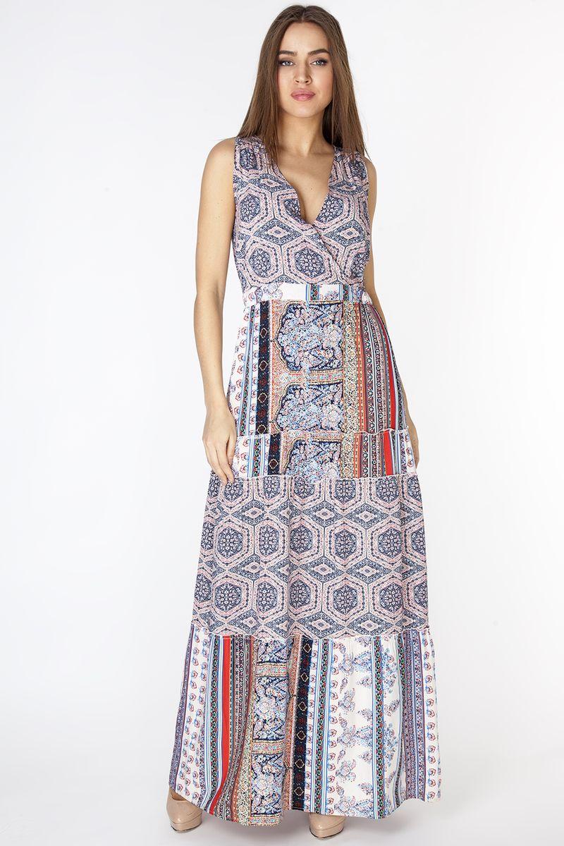 Платье Vis-A-Vis, цвет: синий. D3276. Размер XXL (52)D3276Эффектный длинный сарафан с плечевыми отрезными кокетками и с V-образным вырезом горловины. По линии талии внутри пояса резинка. Застежка сзади в виде капли на петлю и пуговицу. Модель комбинирована из двух вискозных полотен с разным орнаментом в стиле печворк.