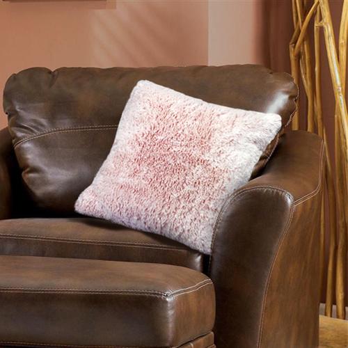 Наволочка Buenas Noches Длинный ворс, 48х48 см, цвет: розовый78545Декоративная наволочка Buenas Noches - идеальное решение для вашего интерьера! Наволочка выполнена из 100% полиэстера - уникальная ткань, обладающая рядом неоспоримых достоинств. Это материал синтетического происхождения из полиэфирных волокон. Внешне такая ткань схожа с шерстью, а по свойствам близка к хлопку. Изделия из полиэстера - не мнутся и легко стираются. После стирки очень быстро высыхают. Прочная ткань, за время использования не растягивается и не садится. Высокое качество, а главное - стиль наволочки будут радовать вас и вашу семью!