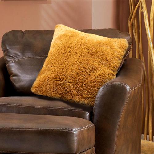 Наволочка Buenas Noches Длинный ворс, 48х48 см, цвет: коричневый78557Декоративная наволочка Buenas Noches - идеальное решение для вашего интерьера! Наволочка выполнена из 100% полиэстера - уникальная ткань, обладающая рядом неоспоримых достоинств. Это материал синтетического происхождения из полиэфирных волокон. Внешне такая ткань схожа с шерстью, а по свойствам близка к хлопку. Изделия из полиэстера - не мнутся и легко стираются. После стирки очень быстро высыхают. Прочная ткань, за время использования не растягивается и не садится. Высокое качество, а главное - стиль наволочки будут радовать вас и вашу семью!