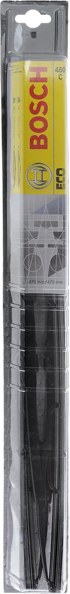 Щетка стеклоочистителя Bosch 480C, каркасная, длина 48 см, 2 шт3397005030Щетка Bosch 480C - функциональный стеклоочиститель с металлическими скобами, который характеризуется хорошей эффективностью очистки и качеством. Каркас щетки выполнен из металла с антикоррозийным покрытием и имеет форму, способствующую уменьшению подъемной силы на высоких скоростях. Натуральная резина щетки с графитовым напылением обеспечивает тщательность очистки. Щетка имеет крепление крючок. Быстрый монтаж, благодаря предварительно установленному универсальному адаптеру Quick Clip.Комплектация: 2 шт.
