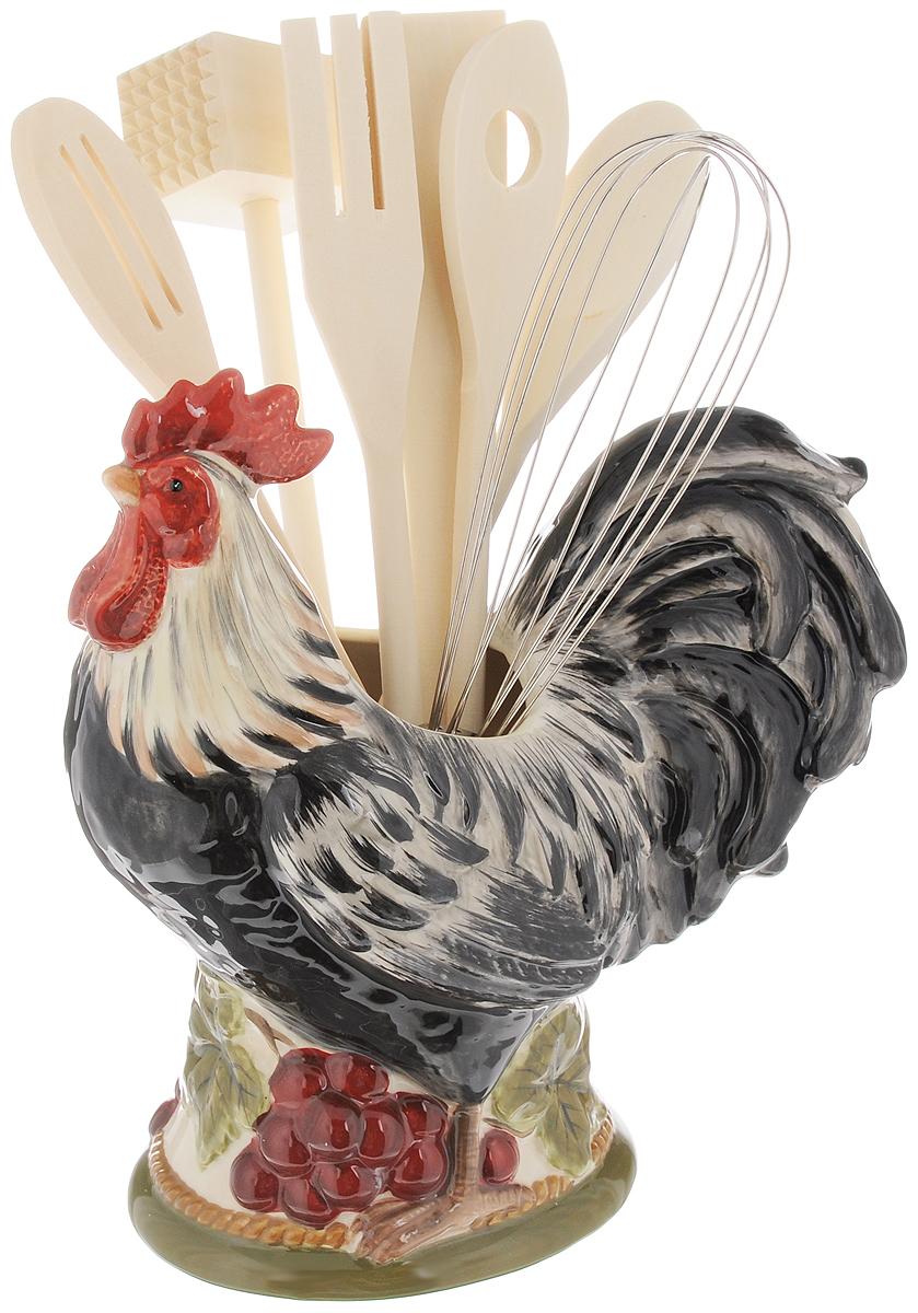 Набор кухонных принадлежностей Certified International Тосканский петух, с подставкой, 8 предметов63218Набор кухонных принадлежностей Certified International Тосканский петух включает в себя ложку, 2 ложки с отверстиями, лопатку, вилку, венчик, молоток для мяса и подставку. Ложка, 2 ложки с отверстиями, вилка, молоток и лопатка выполнены из натурального дерева. Венчик выполнен из высококачественного металла. Все изделия удобно располагаются на керамической подставке, выполненной в виде петуха. Эксклюзивный дизайн, эстетичность и функциональность набора Certified International Тосканский петух позволят ему занять достойное место среди кухонного инвентаря. Размер подставки: 23 х 22 х 12 см.Длина принадлежностей: 29-30 см.