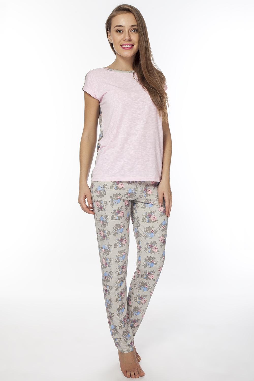 Костюм домашний женский Vis-A-Vis, цвет: светло-розовый. LPC2075T. Размер M (46)LPC2075TОригинальный домашний комплект, состоящий из брюк и нежной туники. Туника и брюки, запринтованы в нежный цветок.
