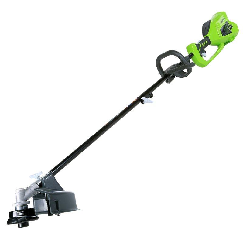 Триммер аккумуляторный Greenworks G-MAX GD40BC, бесщеточный, 40 В, 35 см (без АКБ и ЗУ)1301507Триммер аккумуляторный Greenworks G-MAX GD40BC - это полупрофессиональная модель для скашивания травы и мягкой поросли, подравнивания травы в труднодоступных для газонокосилки местах. Данная модель оснащена бесщеточным электродвигателем DigiPro. Двигатель DigiPro эффективнее и надежнее обычного щеточного, при этом абсолютно экологичен, не требует дополнительного обслуживания и прост в эксплуатации. Триммер имеет пониженный уровень вибраций и шума, обладает регулируемой площадью скоса до 35,6 см, оснащен катушкой с выводом лески диаметром 2 мм. Удобная передняя рукоятка позволит легко управлять триммером. Эта модель моментально готова к работе нажатием одной кнопки. Благодаря питанию от 40V аккумулятора триммер обеспечивает долгую автономную работу. Данный аккумулятор совместим с другими устройствами из линейки G-MAX 40V. Для безопасной работы триммер оснащен кнопкой включения и предохранителем. Преимущества модели: - Работа от 40V аккумулятора, совместимого с другими устройствами из линейки 40V. - Бесщеточный электродвигатель с технологией DigiPro. - Не требует времени для подготовки к работе, включение нажатием одной кнопки. - Регулируемая площадь скоса. - Удобная передняя рукоятка. - Кнопка включения и предохранитель. - Катушка с выводом 2 мм лески. - Металлический диск для скашивания грубой поросли. - Автоматическая подача лески. Технические характеристики: Двигатель: бесщеточный. Номинальное напряжение: 40 В. Скорость вращения вала, без нагрузки: 6500 об/мин. Диаметр режущей струны: 2 мм. Площадь скоса: 25,4-35,6 см. Уровень шума: 96 децибел. Вес: 5,46 кг. Работает с аккумуляторами Greenworks G-MAX40 (арт. 29717, 29727) и зарядным устройством G40C (арт. 29417).В комплекте нет аккумуляторной батареи и зарядного устройства.