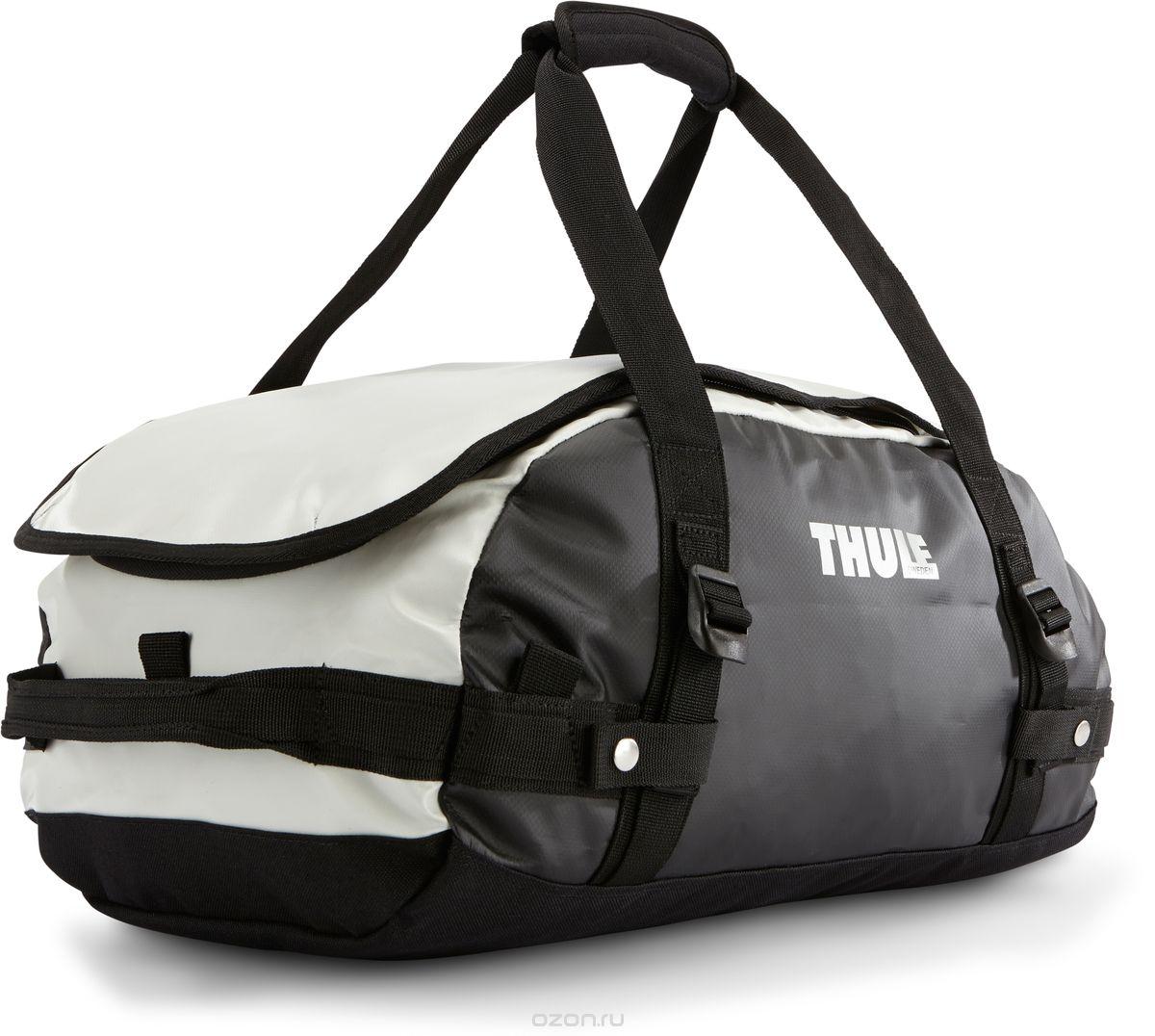 Туристическая сумка-баул Thule Chasm XS, цвет: темно-серый, белый, 27л1125040Thule Chasm X-Small - эта жесткая, устойчивая к неблагоприятным погодным условиям сумка с широко раскрывающимся основным отделением и съемными ремнями — ваш надежный спутник в любой поездке. Широко раскрывающееся отделение делает загрузку оборудования в сумку очень удобным. Боковые замки делают доступ к основному отделению удобным с любого угла Ремни складываются вдоль боковых сторон сумки. Ремни быстро превращают рюкзак в сумку. Прочная водонепроницаемая брезентовая ткань для удобной укладки вещей, которая легко складывается для хранения. Внутренние сетчатые карманы сохранят ваши вещи в порядке. Внешние фиксирующие ремни предотвращают содержимое сумки от падения на дно, когда она используется как рюкзак. Уплотненная нижняя часть сумки обеспечивает мягкое соприкосновение с землей. Блокировка застежки-молнии для защиты от воров (замок продается отдельно). Внешний сетчатый карман для небольших предметов. Размер сумки: 47 x 29 x 24 см.