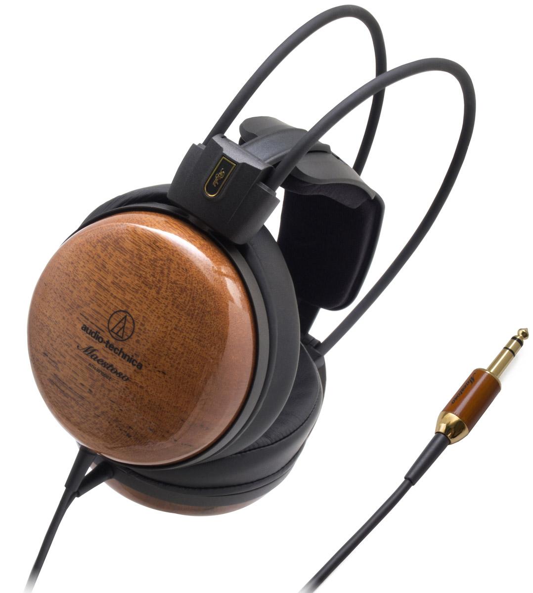 Audio-Technica ATH-W1000Z наушники15118479Audio-Technica ATH-W1000Z – выдающиеся Hi-Fi-наушники со звуком высокого разрешения.Благодаря чашкам из тика, одной из трёх самых ценных пород дерева в мире, эти наушники обеспечивают великолепное тёплое звучание с сочными басами. Кроме того, низкочастотный диапазон расширен за счёт применения эксклюзивной технологии двойного демпфирования вторичных колебаний (D.A.D.S.).53-миллиметровые драйверы, оснащённые звуковыми катушками с обмоткой из бескислородной меди (OFC-7N), обеспечивают передачу всех нюансов звучания. Лёгкие и при этом очень жёсткие магниевые рамки и дефлекторы помогают уменьшить нежелательные резонансы. Кроме того, резонансы дополнительно гасятся фирменным 3D-креплением наушников, которое также обеспечивает комфортную посадку и позволяет использовать ATH-W1000Z в течение длительного времени.Наушники оснащены 3-метровым двусторонним кабелем с оплёткой из термопластичного эластомера, предотвращающей спутывание.